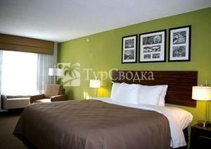 Sleep Inn & Suites Harbour Pointe 2*