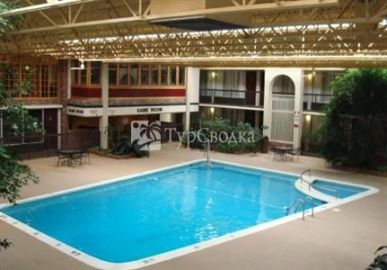 Red Roof Inn Newport 3*