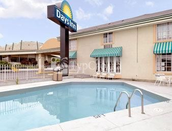 Days Inn Kansas City Olathe 2*