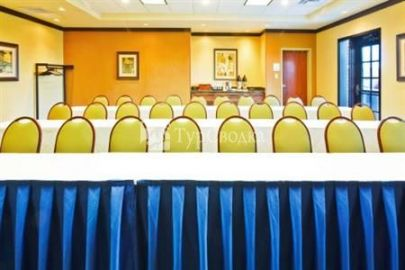 Holiday Inn Express Hotel & Suites Chattanooga-Ooltewah 2*