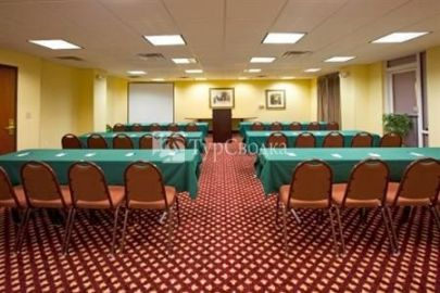 Holiday Inn Express Hotel & Suites Orange 2*