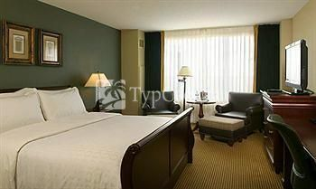 Sheraton Overland Park at the Convention Center 3*
