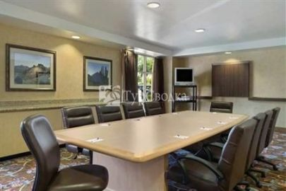 Homewood Suites by Hilton Phoenix-Metro Center 3*