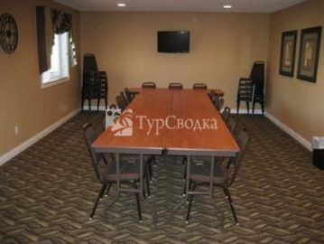 Crossings Inn & Suites Pipestone 3*