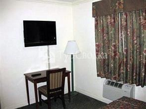 Redondo Inn and Suites 2*