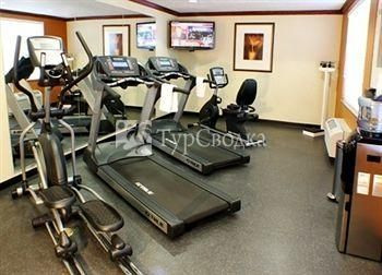 Country Inn & Suites Tampa East 2*