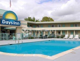 Days Inn South Boston 2*