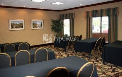 Holiday Inn Express Hotel & Suites Troy (Ohio) 2*
