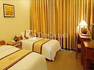 Bamboo Green Harbourside Hotel 3*