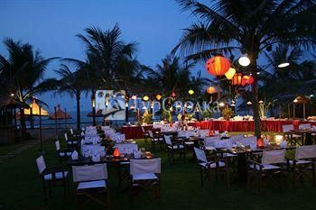 Hoi An Riverside Resort 3*